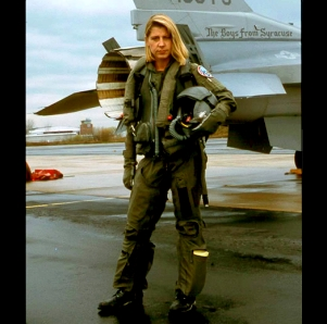 Cis female Navy pilot (Photo: sharpshooter)